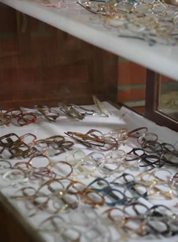 Pictures of glasses at a CBM project in Santa Cruz.