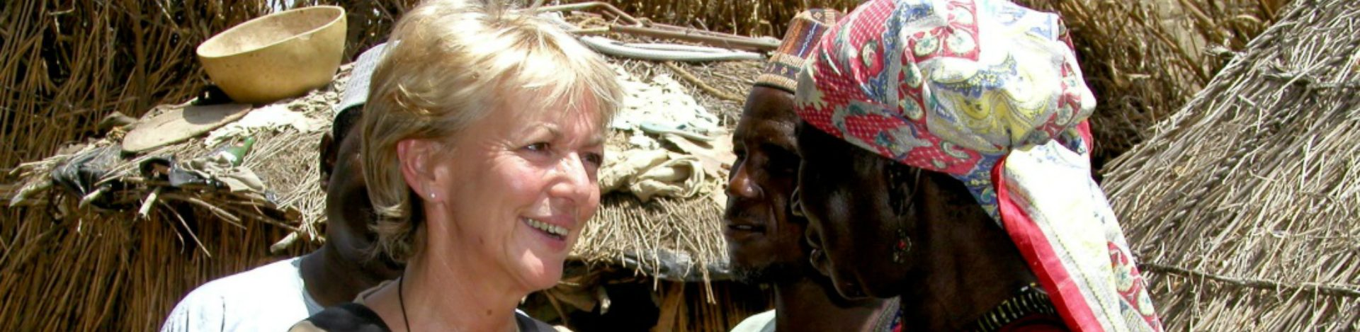 Trudie Goodwin speaking to Cataract patient in Nigeria.