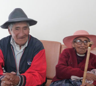 Bernardino and Leonarda from peru are both blind because of cataracts,