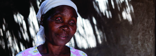 Blink by agonising blink, trachoma has been stealing Aida's sight and her joy in life.