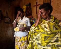 Salome praying with her daughter Eudosie