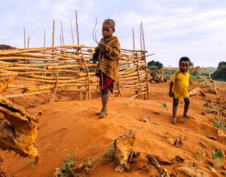 Appeals 2021 Emergency Madagascar Famine LP Mob-Max-Quality