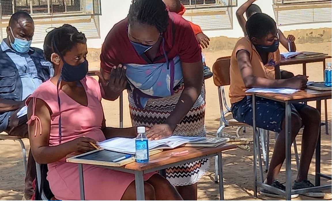 Sibongile being taught at a learning hub